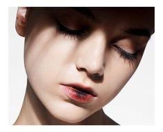 Jenna Earle - Narcisse Magazine 2014 Martin Vallin www.martinvallin.com via narcissemagazine.com  for #makeup #color
