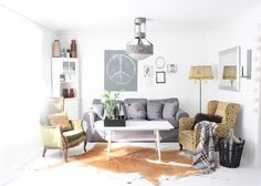eclectic living space // fru andersen #white_floors
