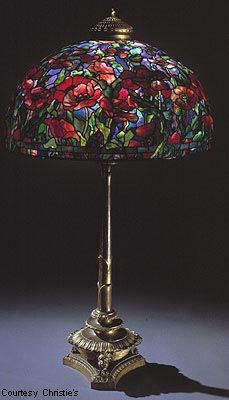 Tiffany poppy floor lamp, circa Another example showing off flowery designs and patterns. A lovely piece overall and superbly crafted. Tiffany Stained Glass, Stained Glass Lamps, Tiffany Glass, Leaded Glass, Mosaic Glass, Louis Comfort Tiffany, Antique Lamps, Vintage Lamps, Victorian Lamps