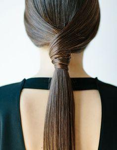 Coiffure simple pour cheveux longs
