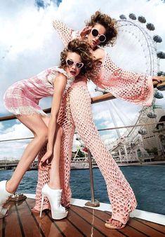 New Fashion Editorial Photography Vogue Ideas Ideas Foto Fashion, New Fashion, Trendy Fashion, Fashion Art, Vintage Fashion, Style Fashion, Pink Fashion, Fashion 2018, Bohemian Fashion