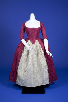 Robe à l'anglaise, From the OSU Historic Costume & Textiles Collections - Fripperies and Fobs 18th Century Dress, 18th Century Costume, 18th Century Clothing, 18th Century Fashion, Vintage Outfits, Vintage Dresses, Vintage Fashion, Historical Costume, Historical Clothing