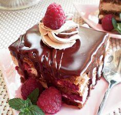 Prajitura cu ciocolata si zmeura | Retete culinare - Romanesti si din Bucataria internationala