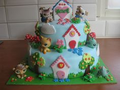Littlest Pet Shop Cake. OMG. I remember these little guys!