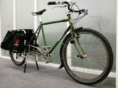 Solid cargo bike