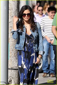 Jenna Dewan wearing a maxi and denim jacket.. So simple and stylish, love it!
