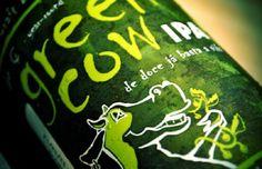 Cerveja Green Cow IPA, estilo India Pale Ale (IPA), produzida por Seasons, Brasil. 6.2% ABV de álcool.
