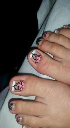 Wow Nails, Cute Toe Nails, Toe Nail Art, Cute Pedicure Designs, Toe Nail Designs, Cute Pedicures, Manicure And Pedicure, Purple And Pink Nails, Summer Gel Nails