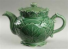 Pattern: GREEN LEAF MAJOLICA