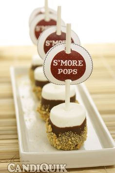 Easy S'more Pops: 2 ways. Perfect for the #4th of July