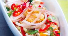 Bukan Sekadar Telur, Ini 5 Menu Menarik Berasaskan Telur Yang Anda Boleh Jadikan Hidangan! Caprese Salad, Pasta Salad, Telur, Tacos, Mexican, Eat, Ethnic Recipes, Food, Meal