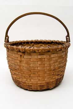 antique baskets | Large 11 Antique American Taconic Swing-Handled Basket