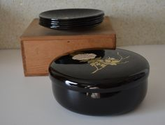 Japanese black urushi lacquerware  lidded bowl with five plates, tea ceremony sweets bowl by StyledinJapan on Etsy