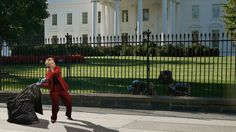 Overconfidence? Hillary Clinton Has Already Started Hurling Trash Bags Full Of Her Clothes Over The White House Fence -          National polls show Hillary Clinton with a commanding lead over Donald Trump that only seems to be getting bigger with each passing day. It�...