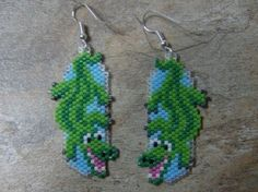 Allilgator Earrings Hand Made Seed Beaded