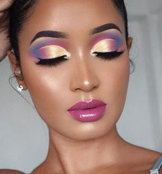 7 - 2020 Winter Makeup Tips, 7 - 2020 Winter Makeup Tips - 1 This winter, celebrities guaranteed their beauty with these four make-up. Get inspired by celebrity make-up for your p. Makeup Eye Looks, Beautiful Eye Makeup, Eye Makeup Art, Eye Makeup Tips, Makeup Inspo, Eyeshadow Makeup, Glam Makeup, Eyeshadow Palette, Makeup Style