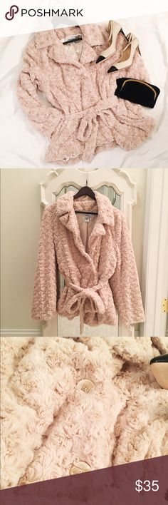 Luxurious faux fur coat If only this wasn't too big for me! This beautiful, faux fur coat is so soft with its silky, satin lining. It's a great, neutral crème color to go with anything in your wardrobe! Big, gorgeous buttons and a belt to help cinch in the waist 😉 great condition! Jackets & Coats Pea Coats