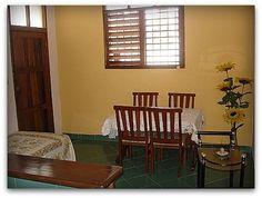 Detalle de la casa Dining Chairs, Furniture, Home Decor, Yellow Submarine, Havana, Hotels, Apartments, House Decorations, Houses