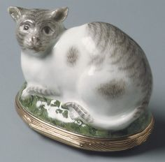 Meissen Manufactory (German, 1710–present). Snuffbox in the form of a Cat, ca. 1745. The Metropolitan Museum of Art, New York.