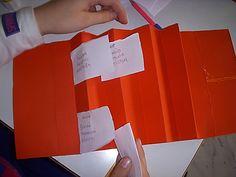 στην Τετάρτη τάξη: Βιβλίο με οικογένειες λέξεων School Levels, Paper Shopping Bag, Blog, Greek, Blogging, Greece