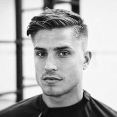 Loving this cut. Thanks for the tag @mens_trend_world #menshair #menshaircut #menshairstyle #haircut #hairstyle #mensstyle #mensfashion #hairofinstagram #hairoftheday #hairideas #hairpost #hair #hairgoals #barber #barberlife