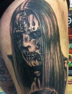 Joey Jordison - Slipknot Door Sjaan Eltador bij Aig's Blue Tattoo in Naaldwijk Slipknot, Blue Tattoo, Portrait, Tattoos, Day Of The Dead, Tatuajes, Headshot Photography, Tattoo, Portrait Paintings