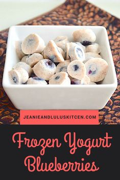 It's berry season and I am loving it! These frozen yogurt blueberries are such an incredible, simple and nutritious snack that works any time of day. Best Dessert Recipes, Fun Desserts, Delicious Desserts, Snack Recipes, Yummy Food, Healthy Recipes, Recipes Dinner, Potato Recipes, Pasta Recipes