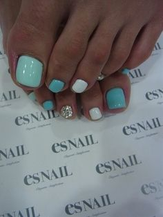 Summer toes - Click image to find more nail art posts