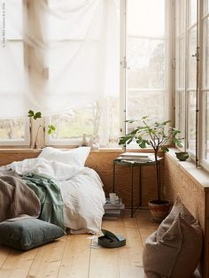 Home interior Design Videos Living Room Hanging Plants Link – Right here are the best pins around Coastal Home interior! Home Bedroom, Bedroom Decor, Master Bedroom, Wood Interiors, My New Room, Home Fashion, Cozy House, Home Interior Design, Living Spaces