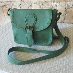🐠 Seafoam Green Crossbody Purse Cute little seafoam green crossbody purse with adjustable strap. Only used a few times, in like new condition! Mossimo Supply Co. Bags Crossbody Bags