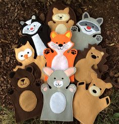 You are looking at a full woodland hand puppet set - available in two sizes! This is a set of 9 puppets - a bear, bunny, deer, fox, hedgehog,