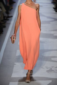Diane von Furstenberg|Liluye one-shoulder crepe gown|NET-A-PORTER.COM
