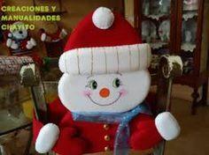 Resultado de imagen para moldes de cubresillas navideños de santa Christmas Humor, Christmas Holidays, Christmas Crafts, Merry Christmas, Xmas, Christmas Ornaments, Christmas Chair Covers, Sock Dolls, Snowman Crafts