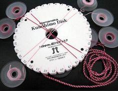 Cómo hacer pulseras de Kumihimo - BlogHogar.com