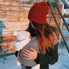 No chance to get cold! Baby wearing keeps our little one warm and save in winter time.