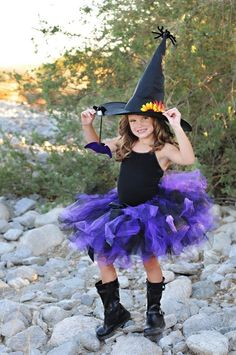 Could totally DIY a version of this and re-purpose her black cat tutu from last year.