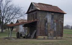 - Barn Located Near Mebane, NC - by jwbikes, via Flickr -