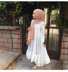 for this Tailer fit designer wear Muslim Women Fashion, Islamic Fashion, Hijab Style Dress, Hijab Outfit, Abaya Fashion, Modest Fashion, Modest Dresses, Casual Dresses, Mode Outfits
