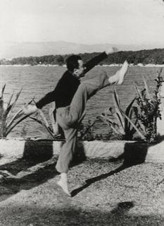 Journée Albert Camus en public à l'Espace Cardin / France Culture Gabriel Garcia Marquez, Albert Camus Quotes, France Culture, Photo Exhibit, Nobel Prize In Literature, Life Quotes Love, Portraits, Photos, In This Moment