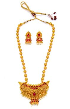 Product information: Artfully designed, these necklaces add a hint of raw ethnic beauty to any look from house of Alankruthi SKU Color Glod Occasion we 1 Gram Gold Jewellery, Temple Jewellery, Gold Jewelry, Necklace Set, Pearl Necklace, Gold Plated Necklace, Golden Color, Ethnic Jewelry, Ruby Red