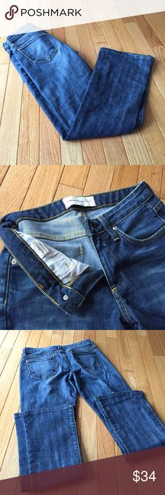 """Paper denim &cloth bootcut jeans Sz 25 Perfect comfy cute jeans. A little wear at bottom in a fashionable way. Inseam 28.5"""" long. Smoke free. a Paper Denim & Cloth Jeans Boot Cut"""