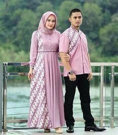 ideas dress hijab batik muslim Source by hijab Batik Long Dress, Model Dress Batik, Dress Muslim Modern, Muslim Dress, Baju Couple Muslim, Muslim Fashion, Hijab Fashion, Fashion Dresses, Lolita Fashion