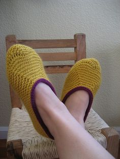 knitted slippers - those would come in handy in Alaska. somebody needs to knit me things.