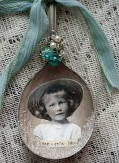 Vintage Christmas Idea. I can see a small tree covered in these as ornaments. old spoon, vintage image decoupage on, little words, ribbon and jewels.