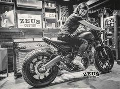 Ducati Scrambler Custom, Ducati Cafe Racer, Cafe Racers, Ride 2, Custom Cafe Racer, Moto Bike, Kustom Kulture, Lady Biker, Classic Bikes