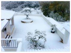 Terraza de Finca Seguró nevada. Qué bonito! verdad? Nevada, Outdoor, Terrace, Bonito, Outdoors, Outdoor Games, Outdoor Life