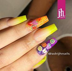 Granada, Neon Nails, Nail Studio, Nailart, Nail Shop, Beauty, Beautiful, Design, Trends