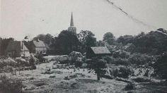Lijkt uit de molen genomen te zijn gemertseweg parochiehuis en kerk.