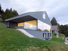 Villa Erard, à Nods / Andrea Pelati Architecte - Switzerland