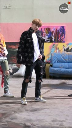 [BANGTAN BOMB] 'FIRE' MV shooting - J-Hope follow ver. Hoseok Bts, Jhope, Fire Bts, Bangtan Bomb, Rap Lines, Bomber Jacket, Winter Jackets, Infinite, Scene